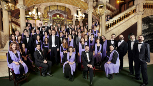 L'Orfeó Català a les escales del Palau de la Música de Barcelona