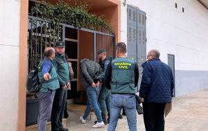 Traslladen el detingut per la mort de la seva parella a l'immoble que compartien a Vinaròs