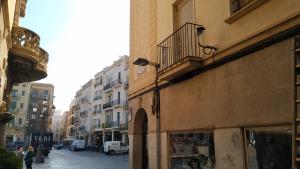 El carrer de Jesús, primer carrer del centre de Reus amb càmeres de vigilància