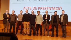 Foto de família de la Fundació Futbol Base Reus