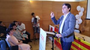 Juan Carlos Sánchez, cap de llista de dCIDE Reus, durant el míting