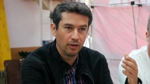 Kenneth Martínez.