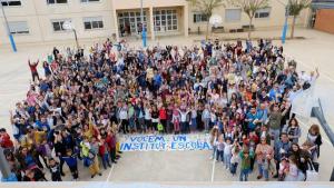 Les famílies de l'Escola Doctor Alberich i Casas demanen convertir el centre educatiu en un Institut Escola