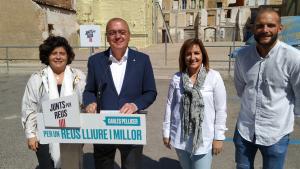 Montserrat Vilella, Carles Pellicer, Mariluz Caballero i Pep Cuerba, integrants de la llista electoral de Junts per Reus