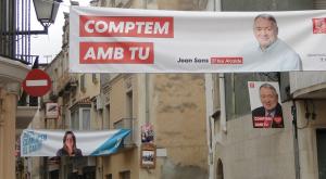 Propaganda electoral al carrer Major de l'Arboç.