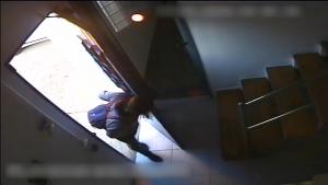 Una dona va amagar-se a un supermercat de Tarragona fins l'hora de tancar per robar la caixa enregistradora.