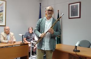 Amadeu Benach, amb la vara d'alcalde.
