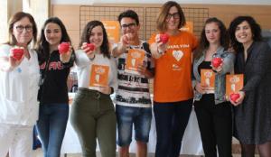 Estudiants de l'INS Camí de Mar de Calafell, a l'Hospital Joan XXIII.