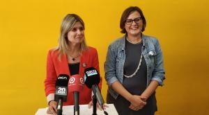Noemí Llauradó durant la roda de premsa anunciant el pacte amb Pellicer.
