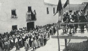 La imatge del Ball parlat de Sant Bartomeu de l'any 1911.