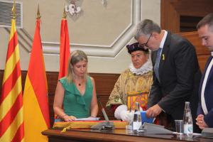 Noemí Llauradó, en jurar el seu càrrec com a presidenta de la Diputació de Tarragona.