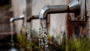 S'ha demanat que es faci un ús responsable de l'aigua als ciutadans.