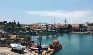 Sis atraccions de PortAventura aptes per a tots els públics