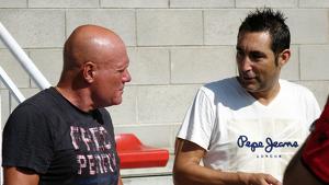 Calderé i Escoda parlen abans de l'inici de l'entrenament