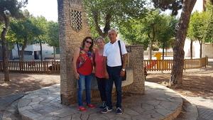 Frangi Gutiérrez, Loli Gutiérrez i Antonio Puerta, a la plaça de la Font de Bonavista.