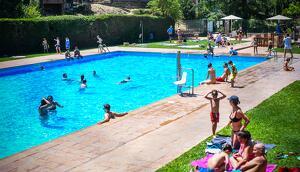 Imatge de la piscina municipal de Prades