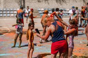 Imatges de la festa Major de Vallmoll 2019: festa de l'escuma i festa holi