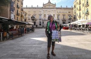 L'Emília a la plaça de la Font de Tarragona, un dels seus punts de venda.