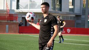 Óscar Sanz ha estat titular en el centre del camp i ha jugat els 90 minuts