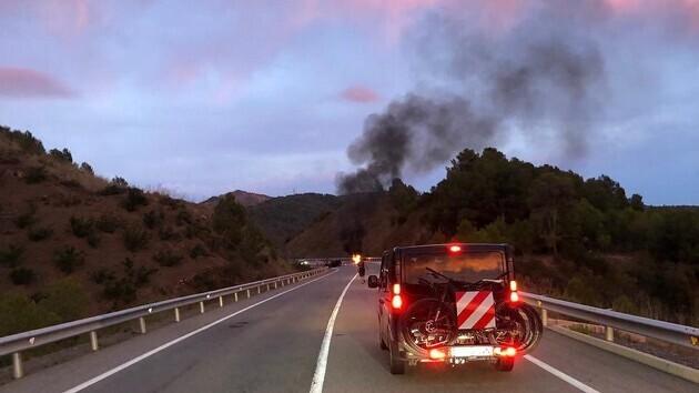 Imatge de l'accident a l'N-420 a Riudecols on un motorista ha perdut la vida