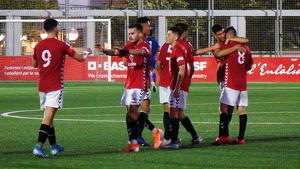 El CF Pobla celebra el gol del triomf