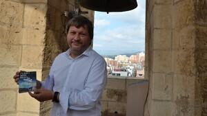 El regidor de Salut i Ciutadania, Òscar Subirats, durant la presentació al campanar de Reus
