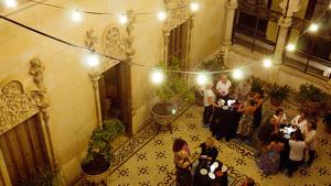 Imatge d'una de les Visites Premium a la Casa Navàs de Reus