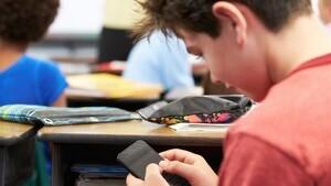 La preocupació a resoldre sobre l'ús del mòbil a l'aula: com evitar les distraccions dels alumnes?