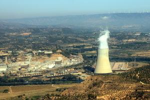 Vista aèria de la central nuclear d'Ascó, a la Ribera d'Ebre