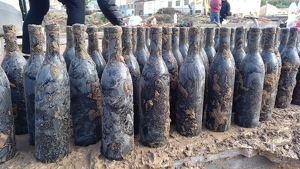 Ampolles de vi del Celler Rendé Masdéu recuperades