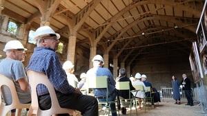 Els responsables del projecte arquitectònic i del projecte de museïtzació del Celler han respost els dubtes de la ciutadania 'in situ'.