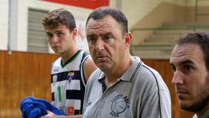Francesc Canals donant instruccions als seus jugadors