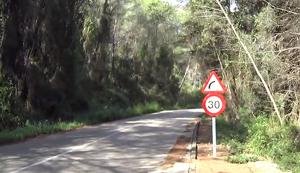 La carretera que va de Costa Cunit fins a Cubelles.