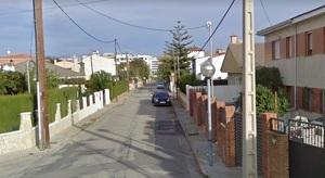 La Policia Local de Cambrils va detenir el sospitós al carrer de Manuel Hidalgo, al barri de la Llosa.