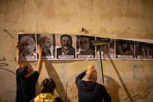 Imatges de la manifestació contra la sentència del procés a Reus