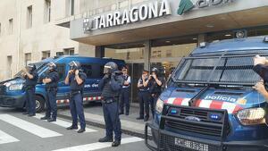 Mossos tallen entrada renfe manifestació sentència 1-O Tarragona
