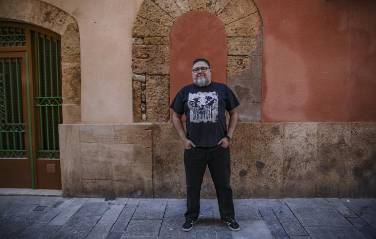 David Bea, a tocar de casa seva, és arqueòleg, doctor en Història i professor de la URV.
