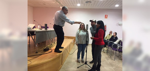 Els participants del taller van poder posar-se a la pell de personatges de pel·lícules com 'Romeu i Julieta' o 'Psicosi'