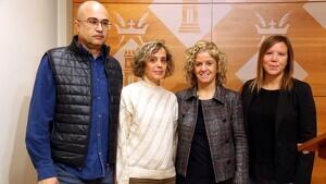 L'alcalde de Jesús, Víctor Ferrando; l'alcaldessa de Bítem, Lourdes Doménec; l'alcaldessa de Tortosa, Meritxell Roigé, i l'alcaldessa del Reguers, Anna Rehues