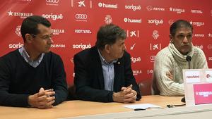 Parés, Andreu i Seligrat a la sala de premsa del Nou Estadi