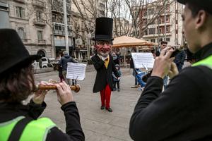 L'Home dels Nassos es passeja per Reus
