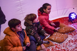 Els nens i nenes de Torredembarra entreguen les cartes als patges del reis!