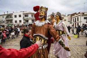 La Cercavila de Balls Populars a Cunit per Festa Major en imatges!