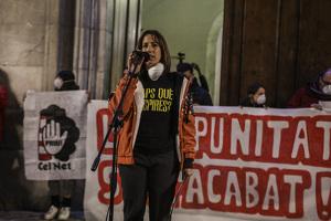 Les imatges de la multitudinària mobilització ciutadana a Tarragona després de l'explosió química