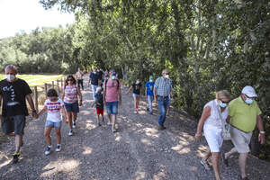 Turisme per Ascó: sortida amb el llagut pel riu i taller de caixes amb niu