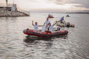 Braçades solidàries: Jordi Cervera completa la seva travessia pel Golf de Sant Jordi