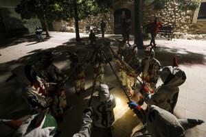 L'original correfoc de Sant Miquel als balcons per la Festa Major d'Alforja!