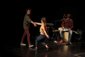 Les imatges de l'espectacle Cafuné al Teatre Auditori del Morell
