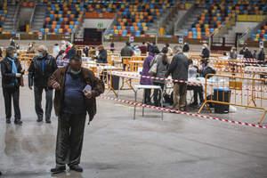 Les imatges del matí de les eleccions de la pandèmia del 14-F a Tarragona