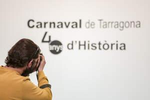 El port de Tarragona exposa 40 anys d'Historia del Carnaval de la ciutat